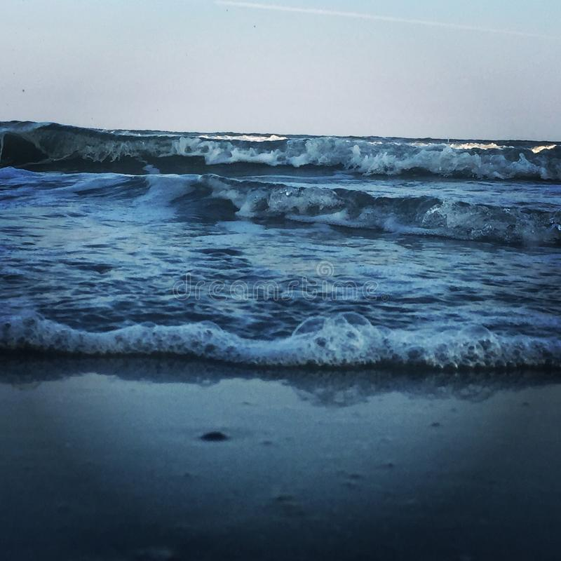 Life& x27 ; s une plage photographie stock