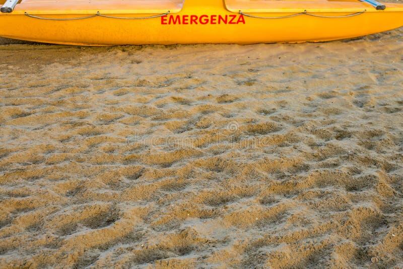Lifeboat na pla?y zdjęcie stock