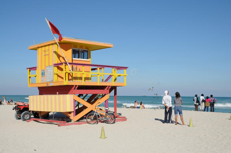 Download Lifeguard Tower At Miami Beach Editorial Photo - Image of deco, sunny: 17447666