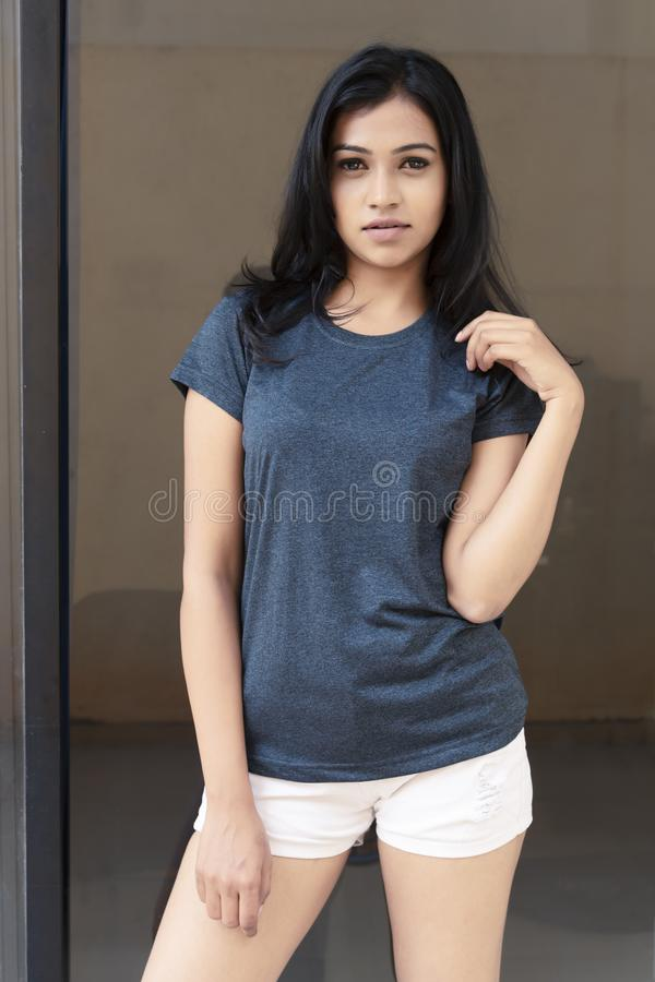 Indian young hot girls