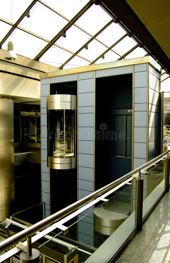 Lift in modern en futuris royalty-vrije stock foto