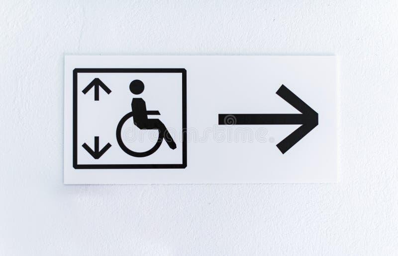 Lift voor gehandicapten stock afbeeldingen