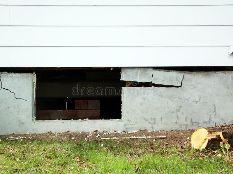Download Lifting House Off Of Bad Foundations Stock Image - Image: 19546667
