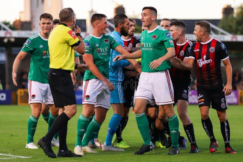 Liga av Irland den första uppdelningsmatchen: Cork City FC vs bohemmet FC royaltyfri foto