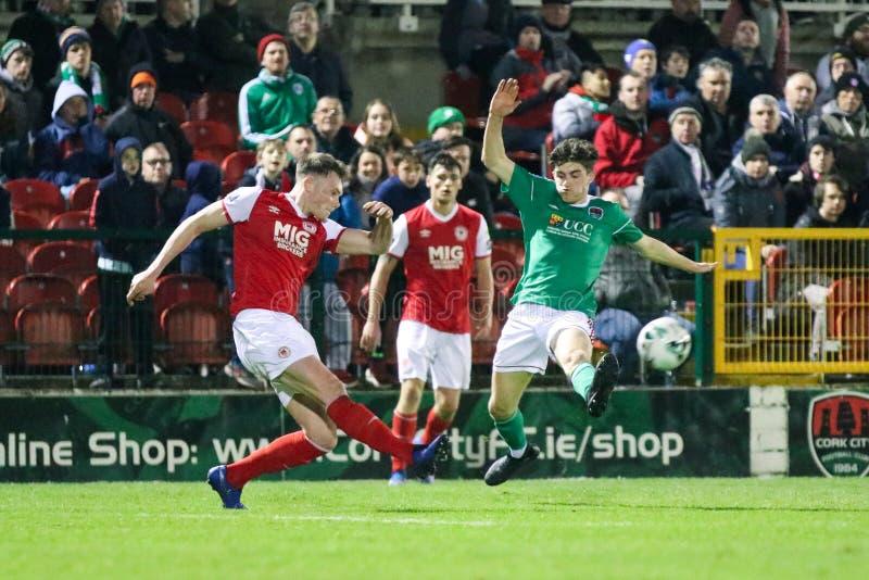 Liga von Match Irland-Premiers Division zwischen Cork City FC gegen St Patrick athletisches FC stockfotos