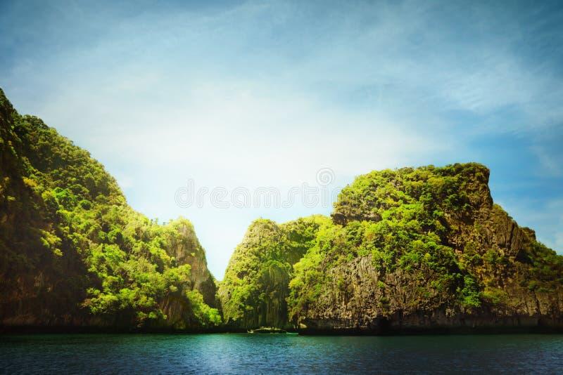 Download Liggande arkivfoto. Bild av horisont, oklarheter, berg - 27277772