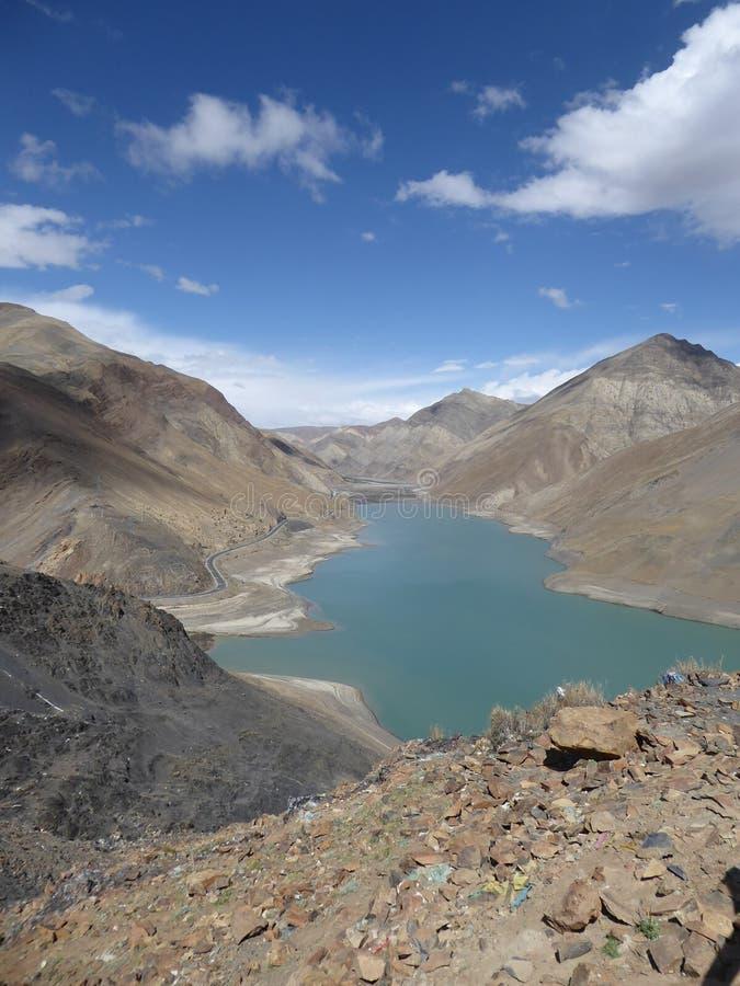 liggande tibet royaltyfria bilder