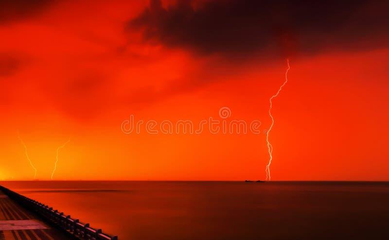 lightening στοκ φωτογραφία με δικαίωμα ελεύθερης χρήσης