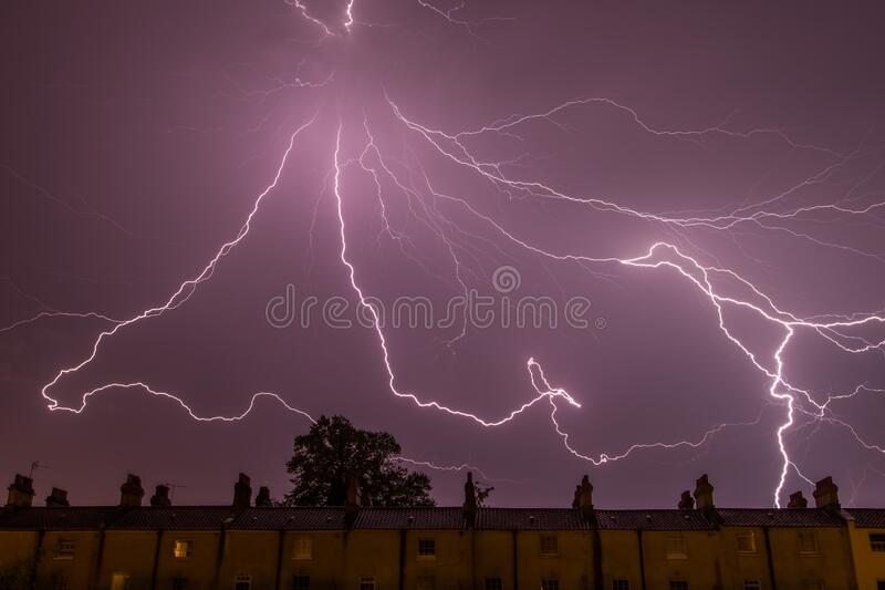 Lighting Strike Free Public Domain Cc0 Image