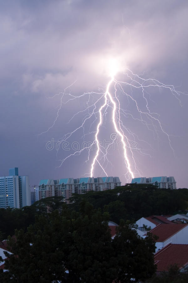 Download Lighting Strike On The Housing Area Stock Photography - Image: 27247122