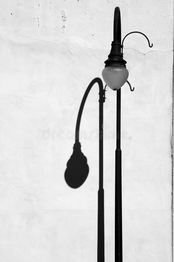 Lightpost e sombra foto de stock royalty free