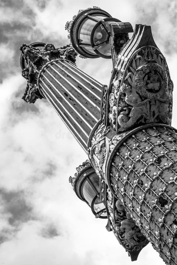 Lightpost in Paris oder in Paris das lightpost lizenzfreie stockfotografie