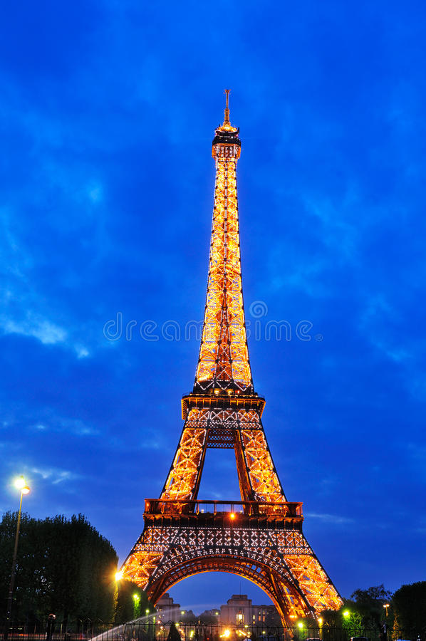 Lightshow na torre Eiffel foto de stock royalty free