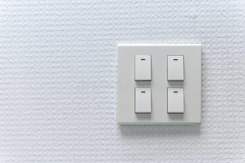 Lightswitch sur le mur image stock