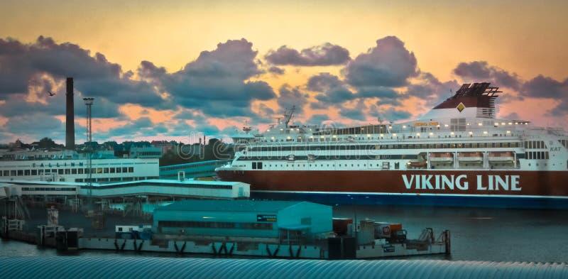 Ligne bateau de croisière de Viking photographie stock