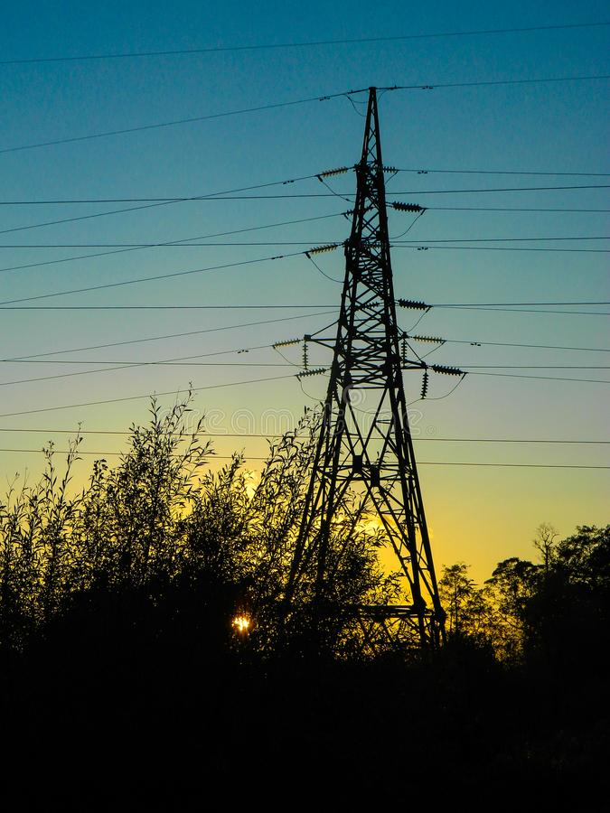 ligne coucher du soleil de pouvoir photo stock