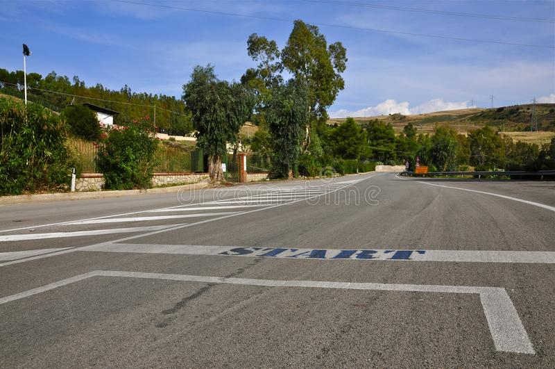 Ligne de départ de Targa Florio, Cerda, Sicile photos stock