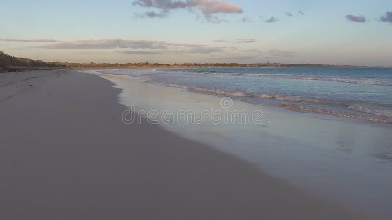 Ligne de plage image stock