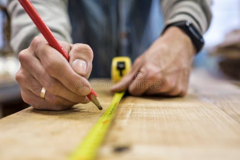 une grille de tabulation en bois de 30 cm  image stock