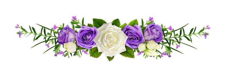 Ligne disposition avec les fleurs et l'eustoma roses images stock
