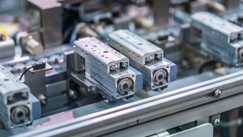 Ligne mécanique de fabrication de robot images libres de droits