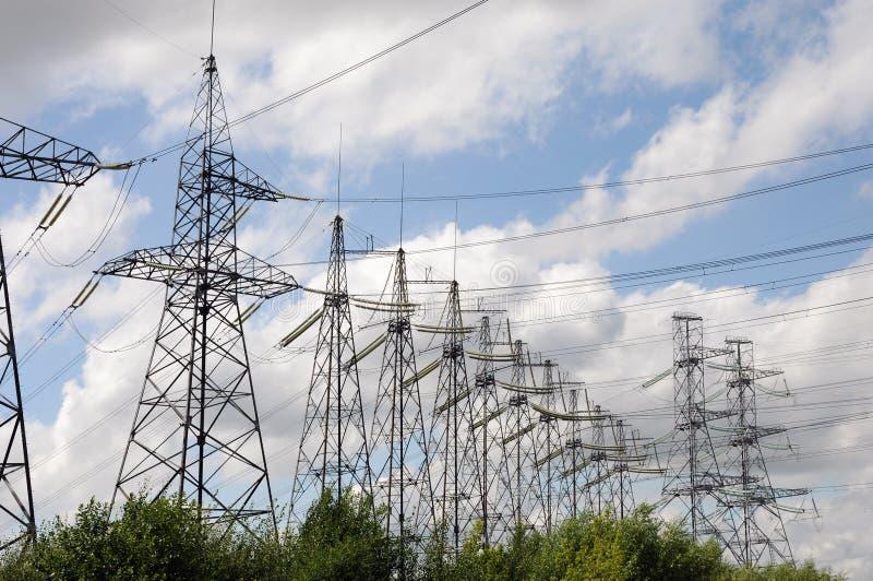 Lignes électriques électriques images libres de droits