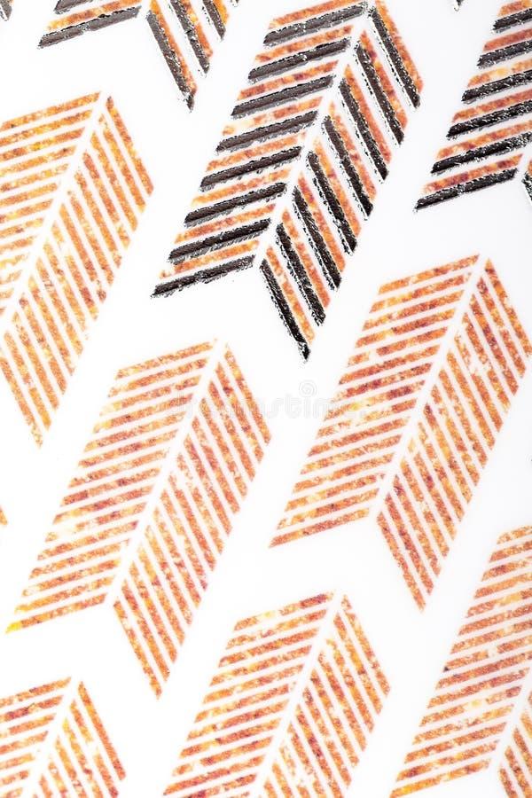Lignes blanches de conception de motif de Brown papier d'emballage papier de modèle pour l'écharpe extérieure d'enveloppe de cade image libre de droits