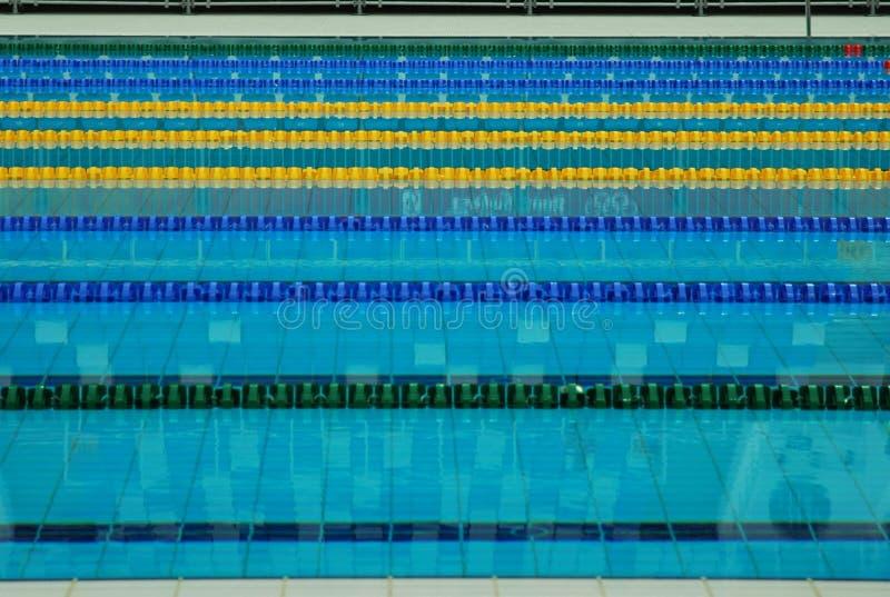 Lignes de voie d'une piscine photos libres de droits
