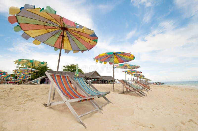 Ligstoel Phuket Thailand stock foto's