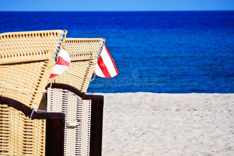 Ligstoelen stock foto's