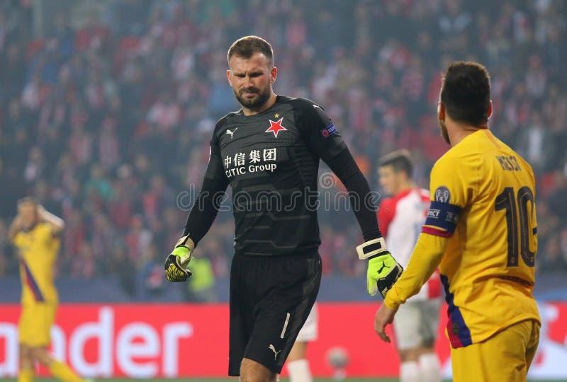 Ligue des champions de l'UEFA : Slavia Praha contre Barcelone photos libres de droits