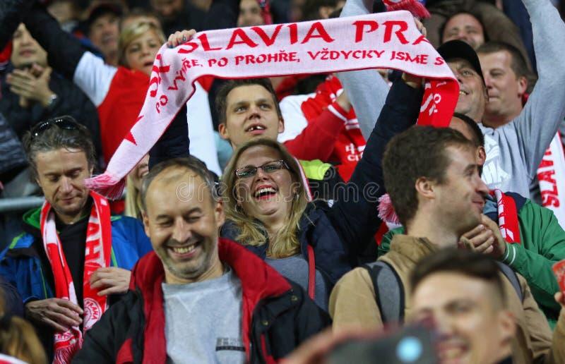 Ligue des champions de l'UEFA : Slavia Praha contre Barcelone photographie stock libre de droits