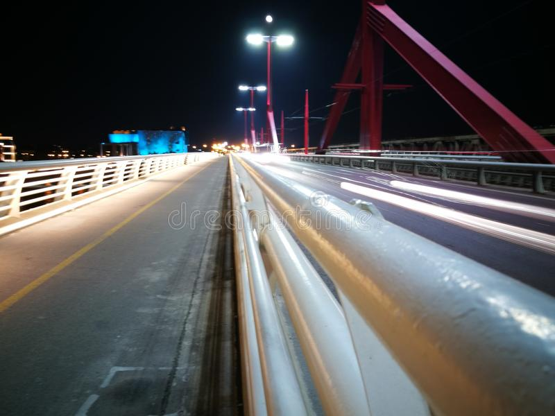 Lijn lichte brug stock foto's