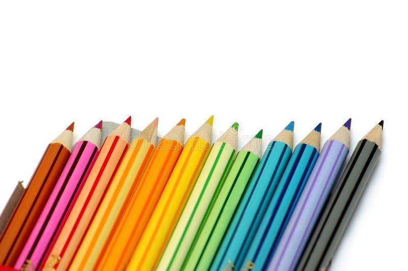 Lijn van kleurenpotloden royalty-vrije stock foto