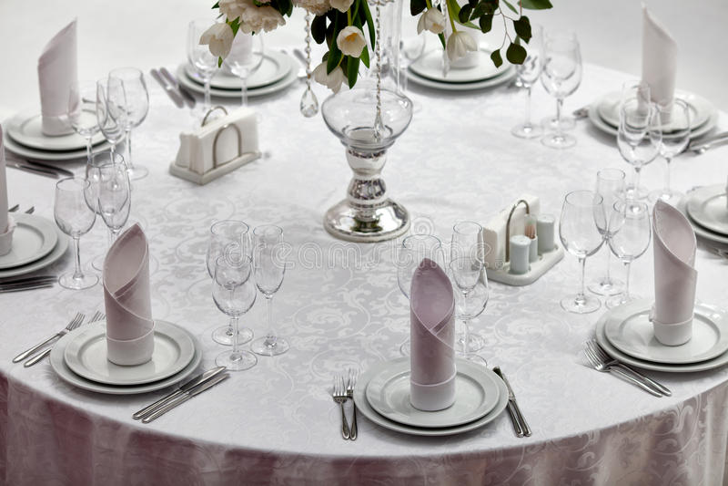 Lijst die voor een van het gebeurtenispartij of huwelijk ontvangst wordt geplaatst royalty-vrije stock foto