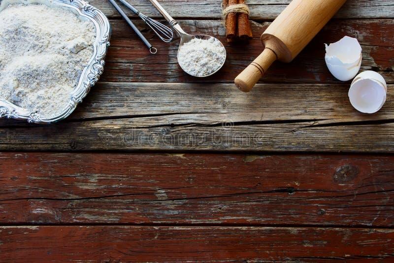Lijst met bakselingrediënten stock afbeelding