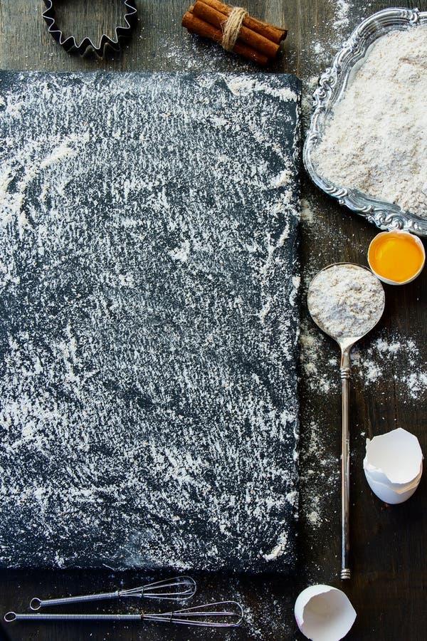 Lijst met bakselingrediënten stock foto