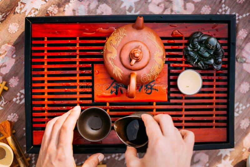 Lijst voor de Traditionele Werktuigen van de Theeceremonie, Chinese Theepot en stock afbeelding