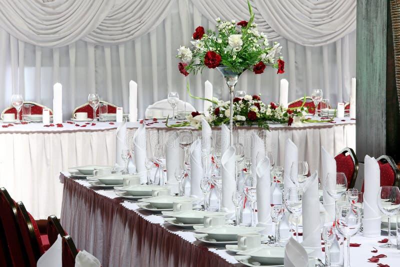 Lijst voor gebeurtenispartij of huwelijksontvangst die wordt geplaatst stock afbeelding