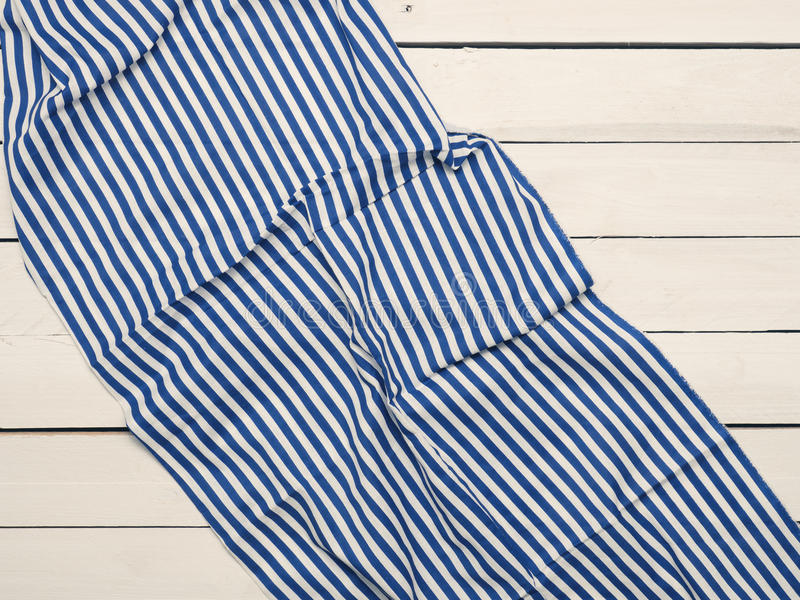 Lijstdoek op wit hout stock foto's
