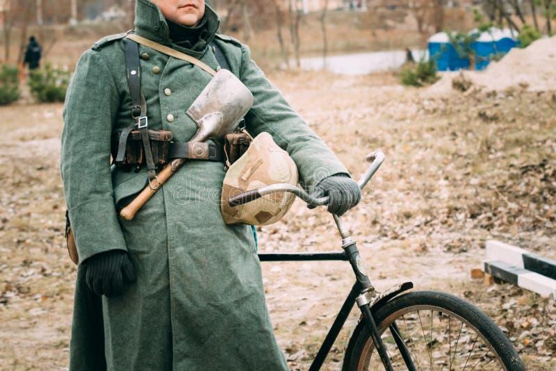 Download Likformig Av En Tysk Soldat World War II Redaktionell Fotografering för Bildbyråer - Bild av nazi, kraft: 106828959
