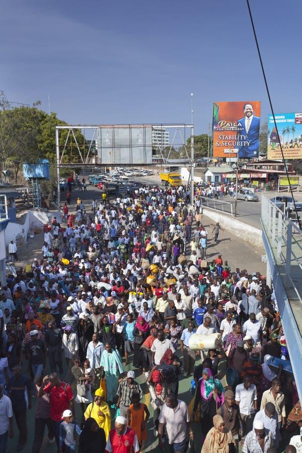 Likoni轮渡在蒙巴萨,肯尼亚,社论 库存图片