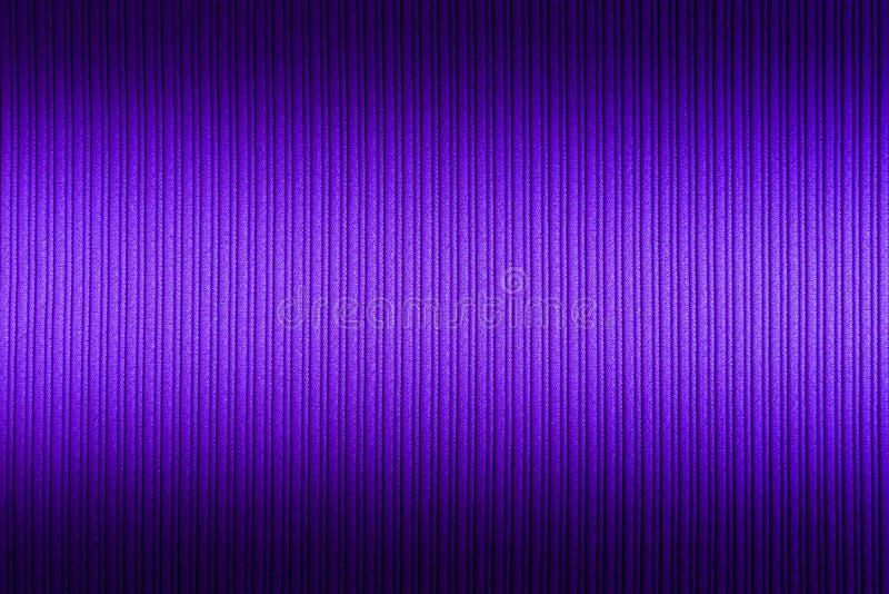 Lilás decorativo do fundo, cor violeta, inclinação superior e mais baixo da textura listrada wallpaper Arte Projeto fotografia de stock