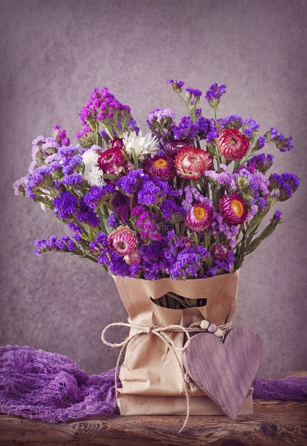 Lilac bloemen stock afbeelding