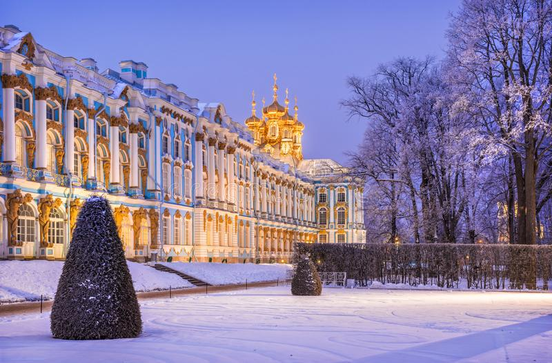 Lilac light of the evening around the Catherine Palace stock images