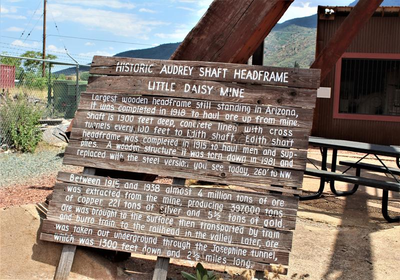 Lilla Daisy Mine, Audrey Shaft Head Frame, Jerome, Arizona, Förenta staterna arkivfoton