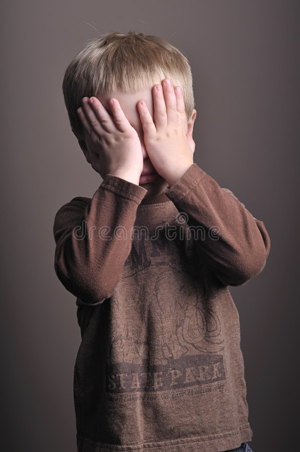 lilla stående för pojke royaltyfri fotografi