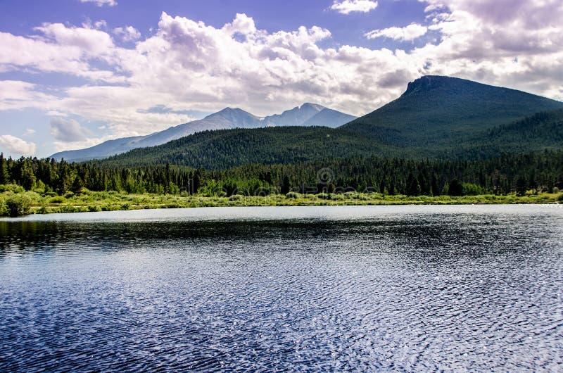 Lily Lake Rocky Mountain National-de Sleep van Parkcolorado royalty-vrije stock afbeelding