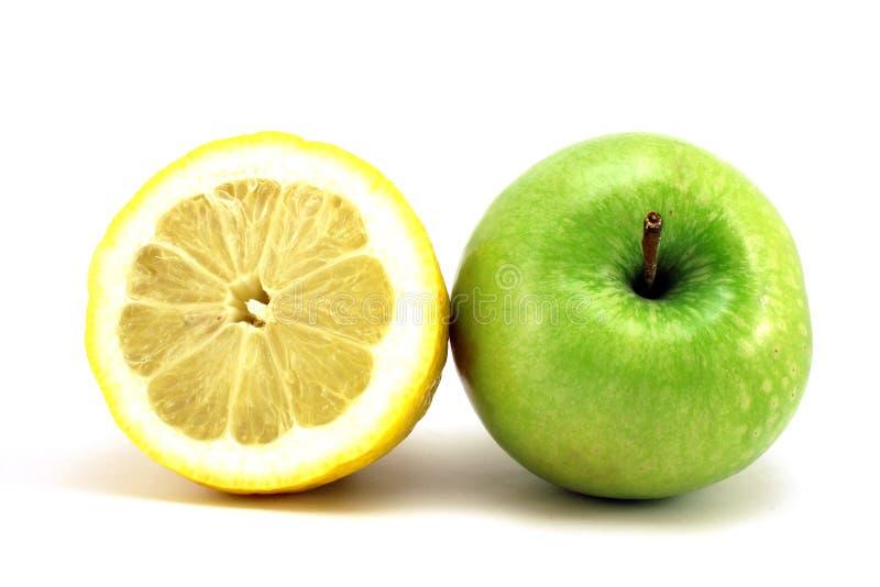 Limão e maçã verde foto de stock