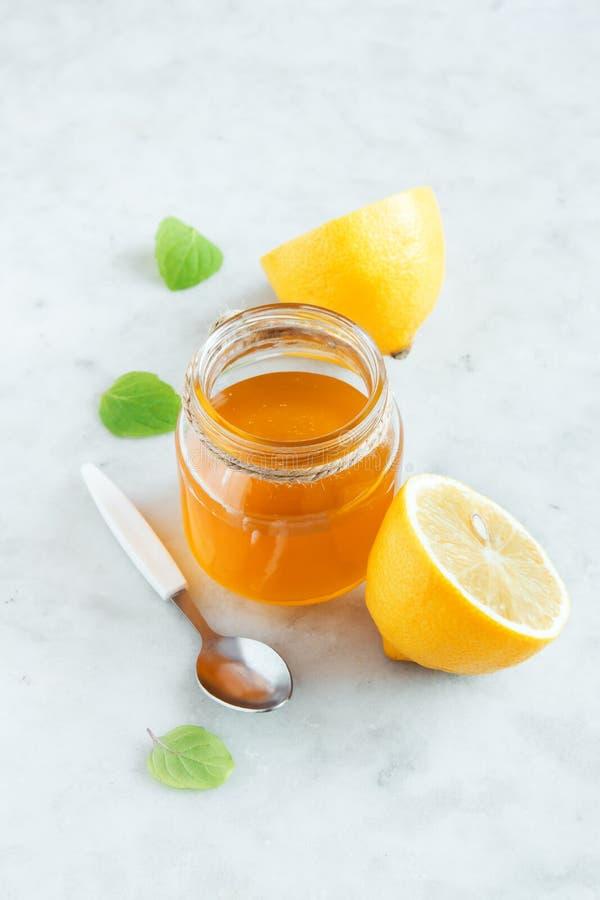 Limão e mel foto de stock royalty free